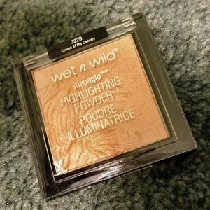 5for$20 Wet n Wild Highlighter Crown of my Canopy